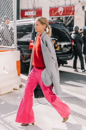 sweater red sweater knit pants pink pants coat grey coat knitted sweater knitwear wide-leg pants streetstyle