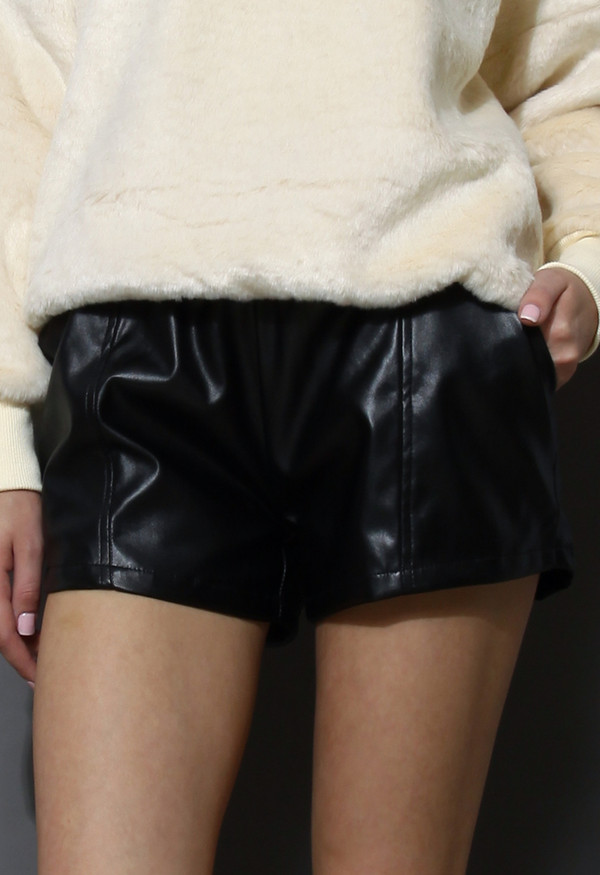 shoes faux leather shorts