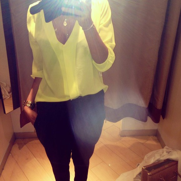 shirt clothes yellow shirt fashion yellow yellow top yellow blouse black white gold jewelry gold fashionable