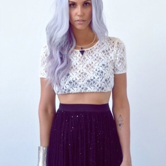 shirt necklace black grunge tank top pastel lace skirt accessories pretty