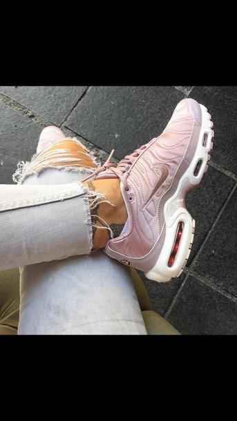 shoes nike air max pink sneakers nike shoes pink running shoes rose gold da7d91cfdc