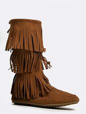 shoes,tan boots,suede boots,tassel boots