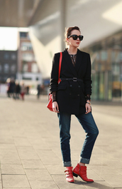 style scrapbook,blogger,jeans,sunglasses,red bag,blazer,belt,red,ankle boots,winter outfits,shoes,jacket,bag,top,susanna boots,chloe,red boots,black blazer,black sunglasses,denim,blue jeans