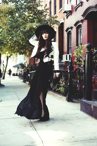 jag lever dress bag shoes jacket hat jewels