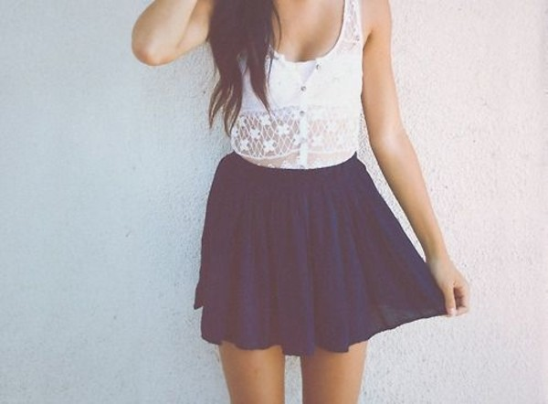 dress jupe bleu brassière blanc haut dentelle blanc blue jean skirt skirt white crop tops
