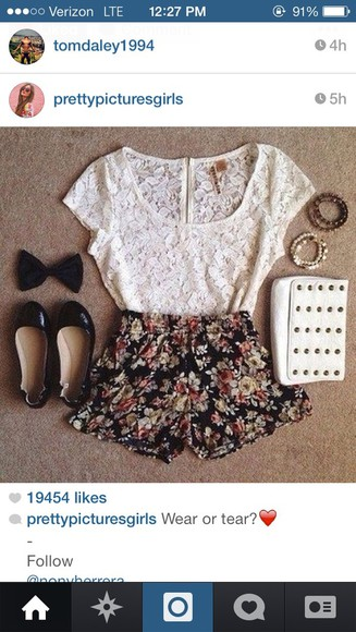 shirt top girl shorts floral floral shorts cute flowered shorts lace tag bag