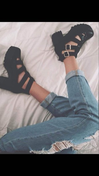 shoes platform shoes strappy chunky heels