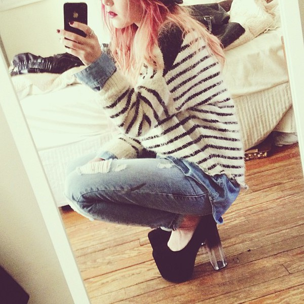 le happy sweater striped sweater hipster alternative vintage heels pants blogger boho ombre jeans cut offs grunge indie