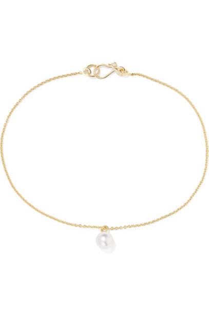 Sophie Bille Brahe pearl anklet gold jewels