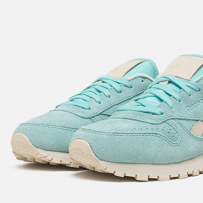 Кроссовки женские Reebok Classic Leather Suede Crystal Blue Paper White 71697e43b62