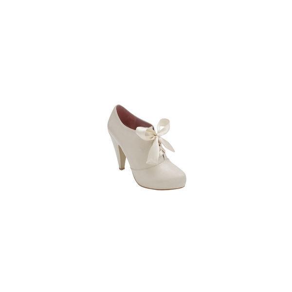 White Oxford Heels