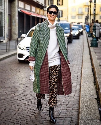 pants white sweater coat green coat streetstyle leopard print sweater turtleneck turtleneck sweater