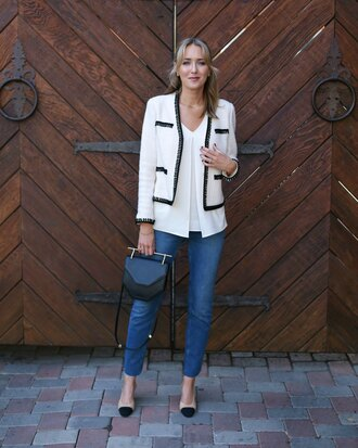 the classy cubicle blogger jacket shirt jeans shoes bag jewels