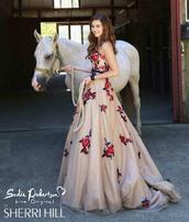 dress,sherri hill,prom dress,wedding dress,bridesmaid,homecoming dress,formal event outfit,evening dress,ball gown dress