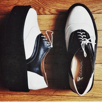 shoes platform shoes platforms blackshoes whiteshoes white shoes grunge shoes grunge creepers