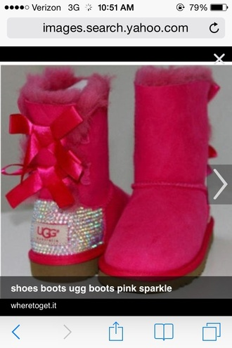 shoes uggs that i must have pink bows