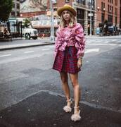 hat,fluffy,sandal heels,mini skirt,ruffled top,long sleeves
