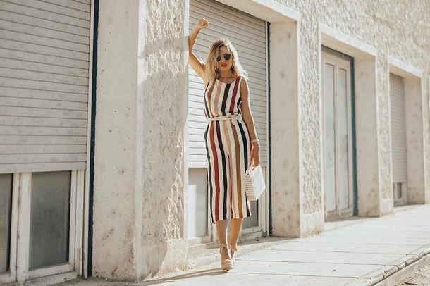 mi aventura con la moda blogger jumpsuit sunglasses shoes bag