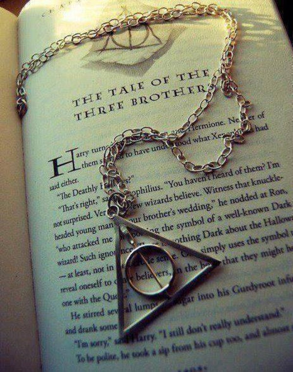 jewels harry potter and the deathly hallows the three brothers necklace book harry potter hogwarts symbol