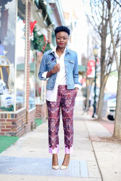 skinny hipster blogger printed pants denim jacket white shirt cropped pants