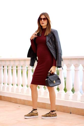 marilyn'scloset blogger dress shoes jacket sunglasses jewels red dress black leather jacket black bag sneakers long sleeve dress
