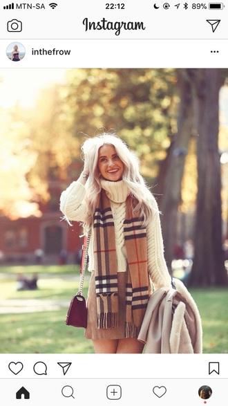 scarf beige checkered red black white