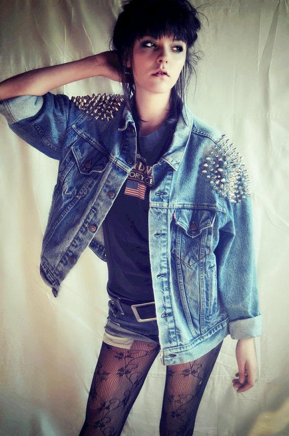 Studded levis denim jacket  women / men  oversize by debuts
