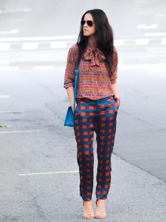 bittersweet colours t-shirt pants bag jewels shoes sunglasses