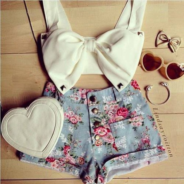 shorts floral blue cute vintage High waisted shorts shirt sunglasses bag
