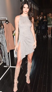shoes,kendall and kylie jenner,kendall jenner,keeping up with the kardashians,gladiators,grey dress,nude,grey,nude sandals