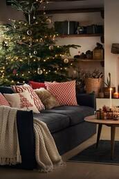home accessory,tumblr,home decor,holiday home decor,holiday season,christmas,pillow,table,rug