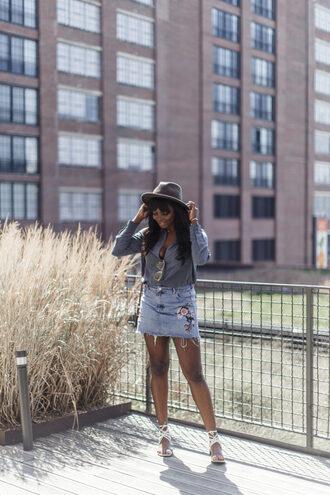 skirt mini skirt denim skirt embroidered skirt sandals blouse hat blogger blogger style