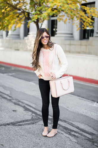 mint arrow blogger sweater sunglasses bag fall outfits knitted sweater cable knit nude bag flats ballet flats white cable knit sweater white sweater white bag black jeans
