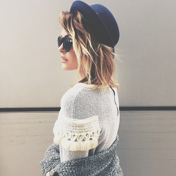 hat caroline receveur sweater