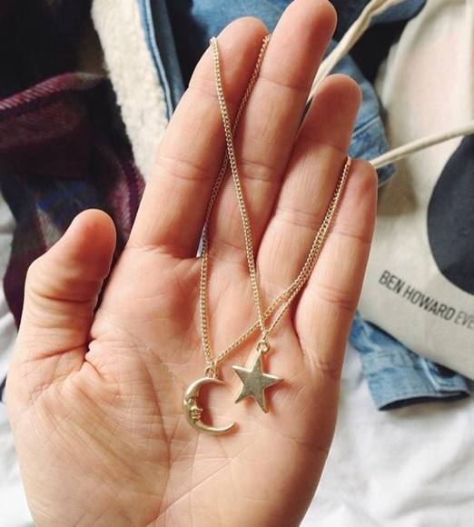 jewels necklace cute gold moon gold indie moon stars gloves bracelets charm bracelet gypsy boho kylie jenner