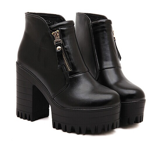 2014 new arrival women shoes autumn boot ,fashion women side zipper platform chunky heel martin boots black white ankle boots-inBoots from Shoes on Aliexpress.com | Alibaba Group
