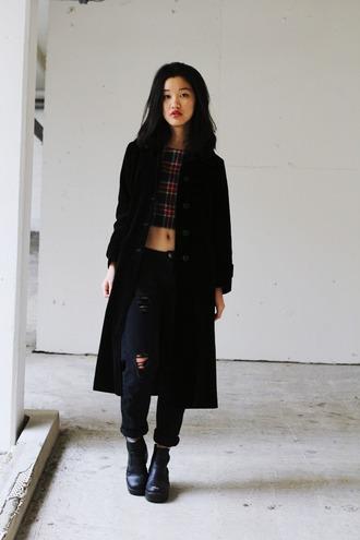 shanni side up blogger crop tops tartan black ripped jeans black coat soft grunge