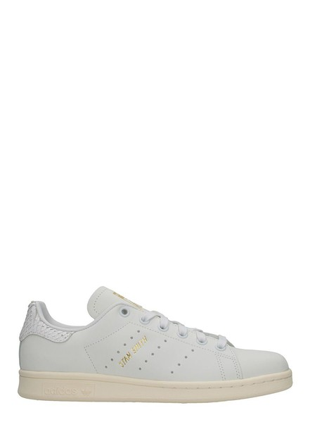 Adidas sneakers white shoes