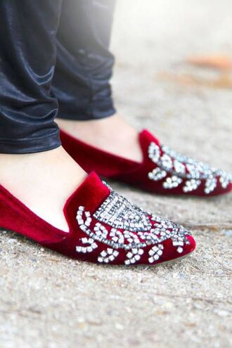shoes red loafers red shoes loafers embellished embellished shoes velvet velvet shoes