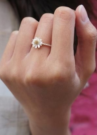 jewels ring daisy gold yellow diamond diamonds cute flowers