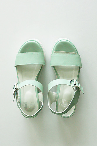 teal flatforms sandals platform shoes platform sandals pastel pastel green japanese streets japanese korean fashion japanese fashion