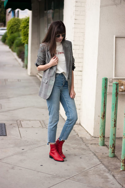 jeans and a teacup blogger jacket t-shirt tights jeans shoes sunglasses blazer ankle boots red boots fall outfits