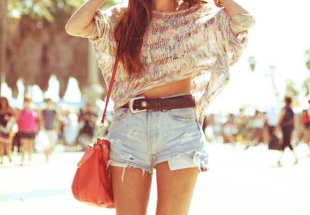 shorts blouse bag shirt multicolor pretty summer outfits beachr girl look belt brown belt chunky buckles old school fashion summer spring United Kingdom scotland hipster hippie indie girly cute crop tops denim shorts blue pink green sweater t-shirt top