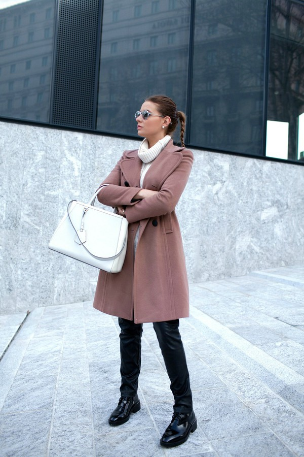 the fashion fruit blogger coat turtleneck purse leather pants pants jewels sunglasses sweater bag shoes