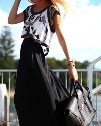 blouse bluse black white short silver bag leather purse black leather handbag aztec shirt crop tops