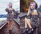 alanna durkovich,chandelier cold shoulder baby doll dress,dress