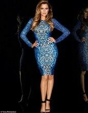dress,long sleeves,print,print dress,blue dress,bodycon,bodycon dress,pencil dress,long sleeve dress,blue printed dress,kardashians,khloe kardashian
