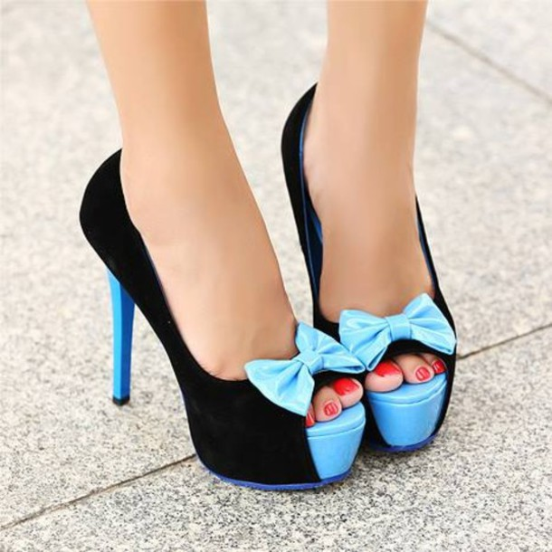 Shoes: bow, blue, black, pumps, platform shoes, peep toe, high ...