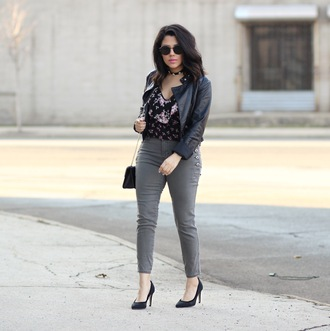natymichele blogger jacket top jeans shoes bag leather jacket grey pants spring outfits pumps
