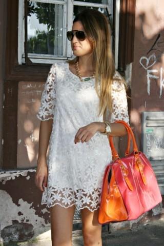 Cute 3/4 sleeve lace dress / dopediva
